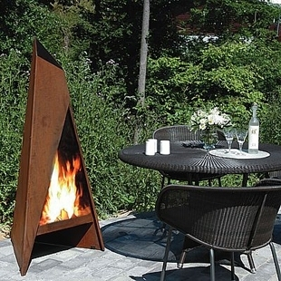 Barbecue bois r f chauffage po les bois po le for Stockage bois chauffage exterieur